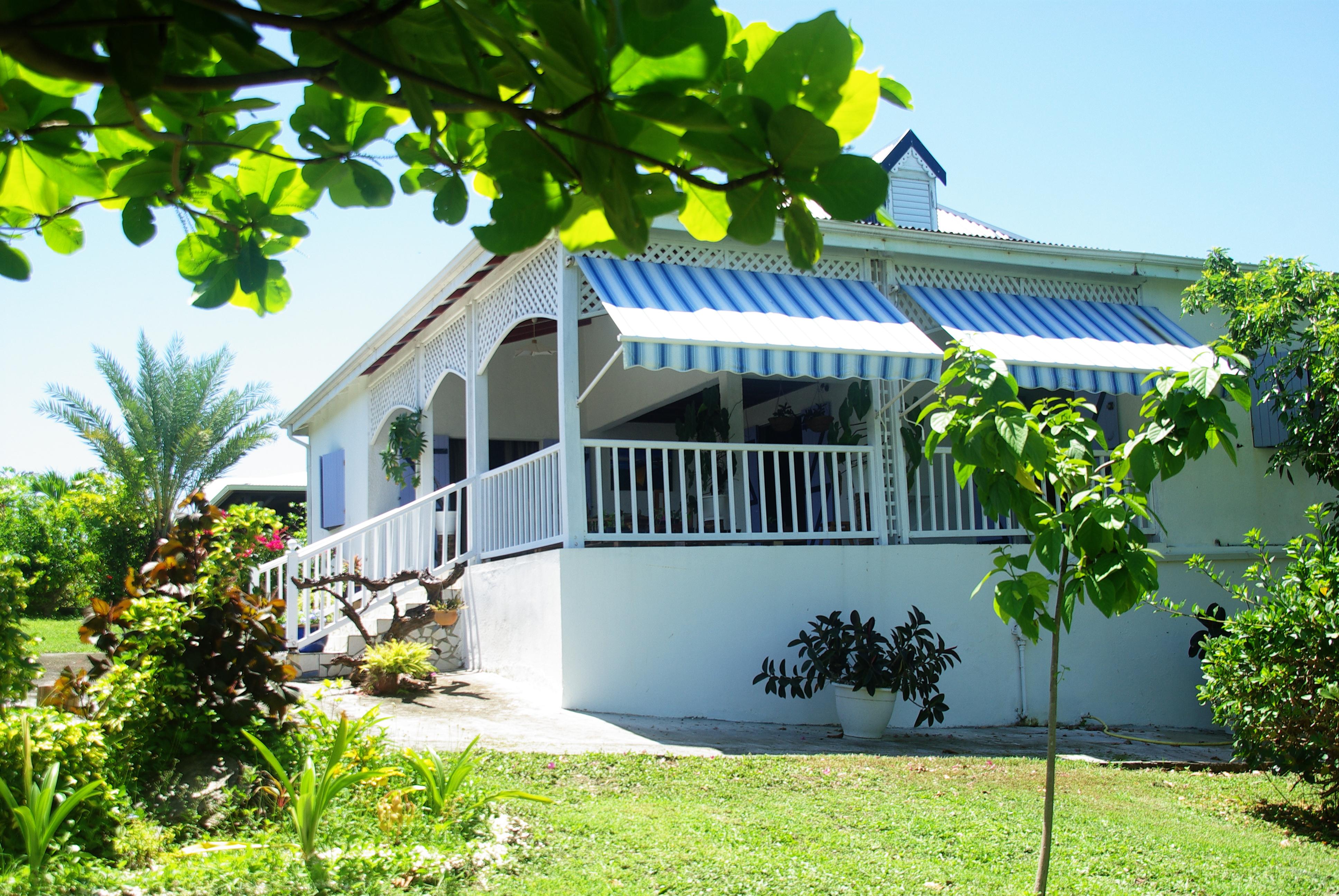 Achat maison le moule 97160 guadeloupe grande terre nord for Achat maison veneux les sablons