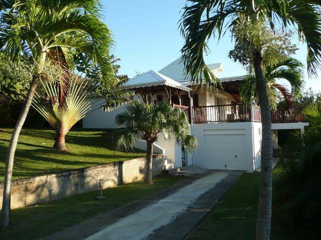 Achat maison deshaies 97126 guadeloupe basse terre nord for Achat maison guadeloupe