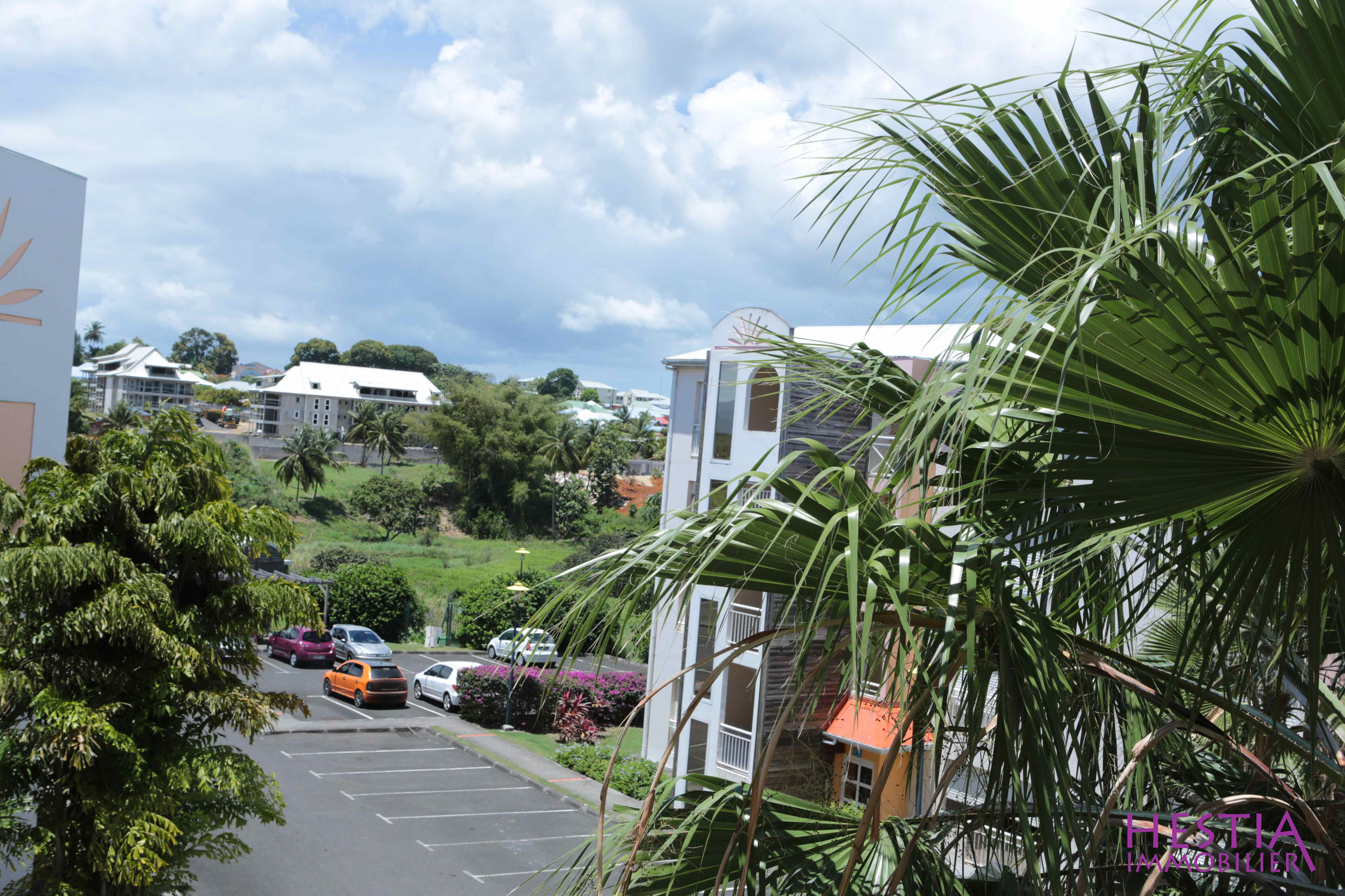 Location appartement baie mahault 97122 guadeloupe for Location achat appartement