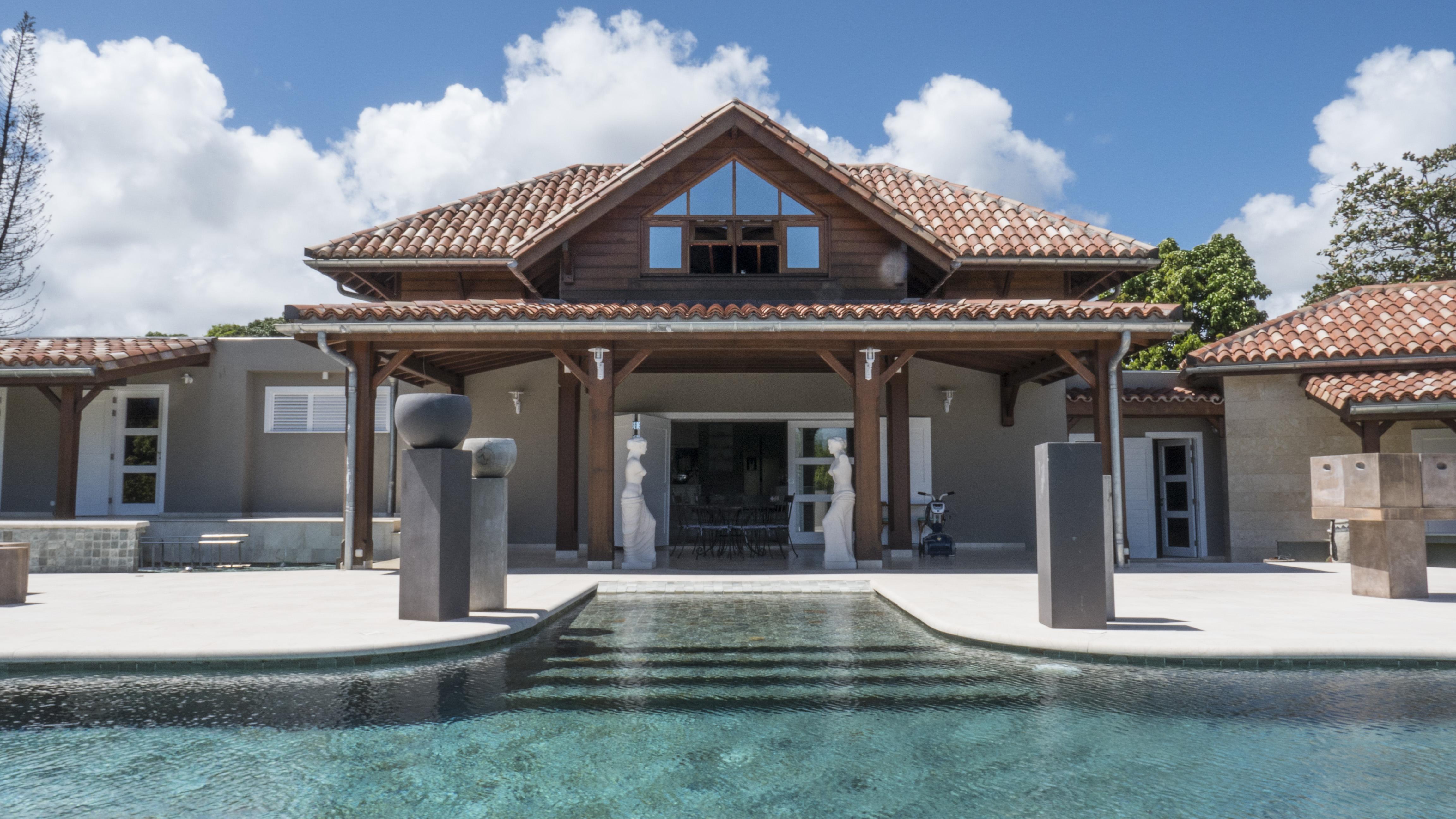 Achat maison villa petit bourg 97170 guadeloupe basse terre nord r f 1574 - Architecte guadeloupe maison ...