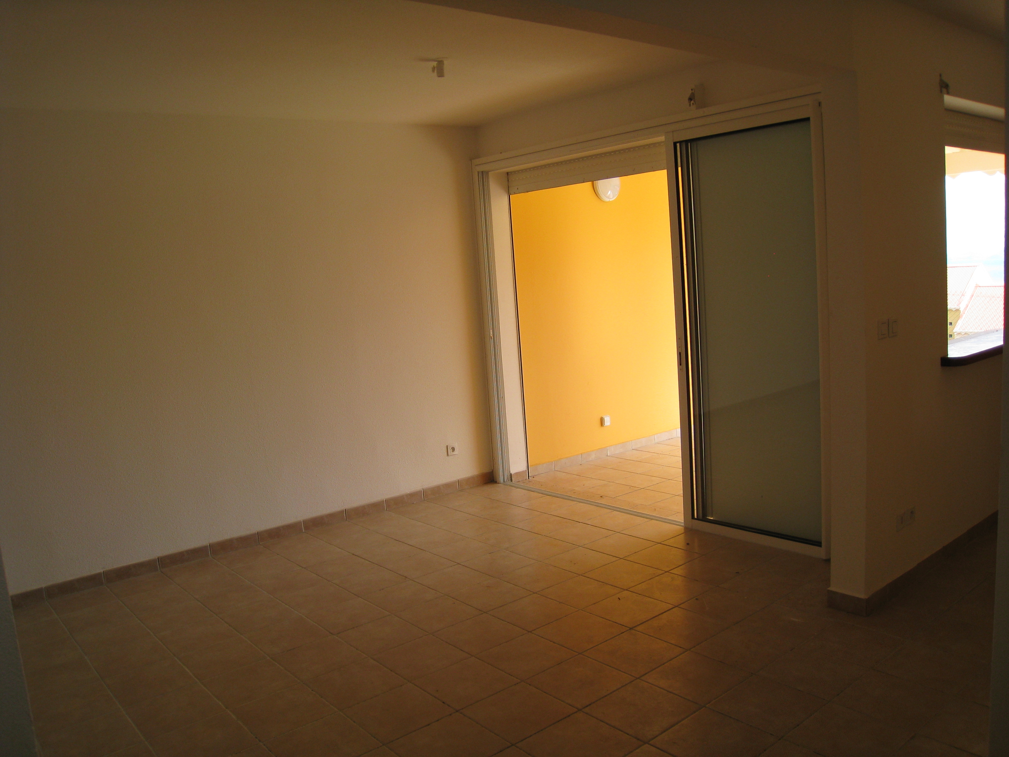 Location appartement gourbeyre 97113 guadeloupe basse for Achat location appartement