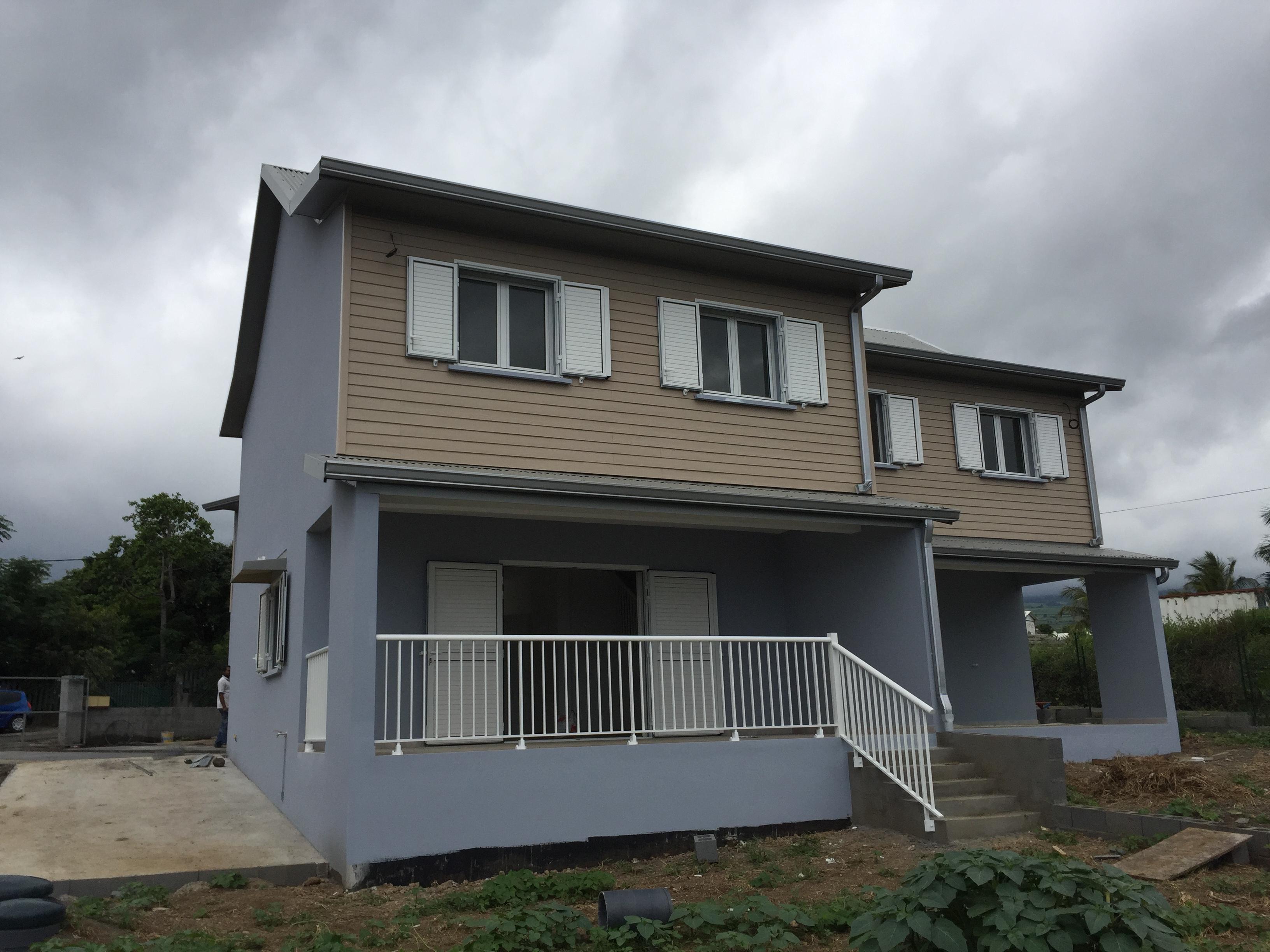 Location Maison Villa Mi Pente De L 39 Ouest 97435
