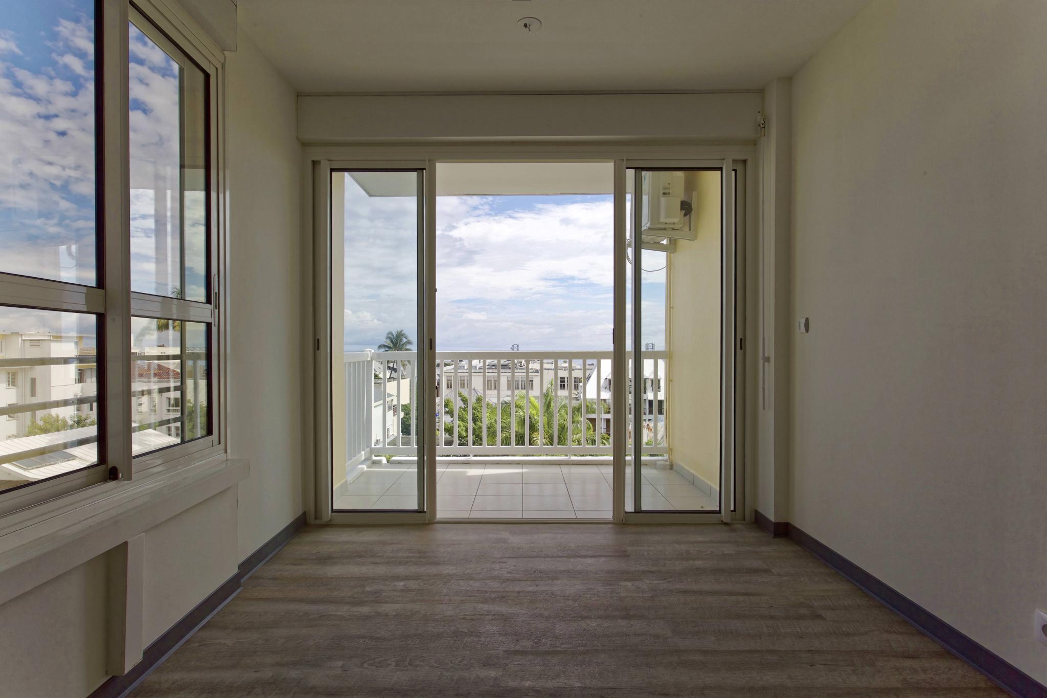 achat appartement saint denis 97400 r union nord r f 104481 468. Black Bedroom Furniture Sets. Home Design Ideas
