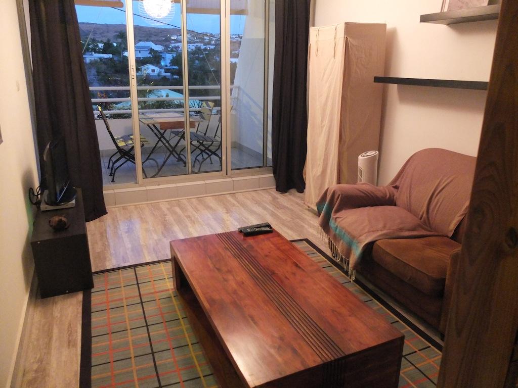 Achat studio saint gilles les bains 97434 r union ouest for Achat studio