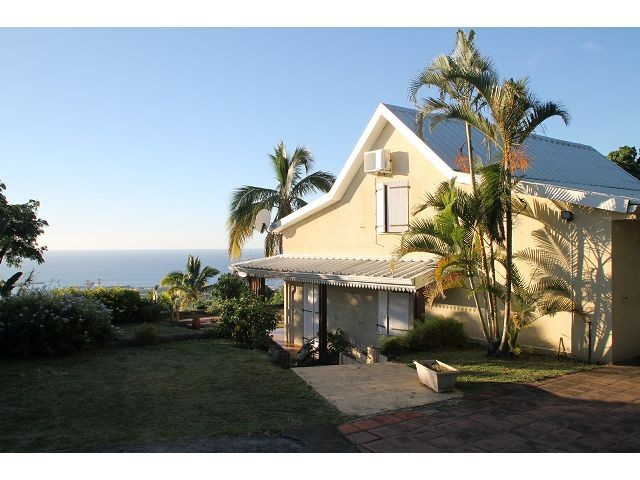 location maison villa la possession 97419 r union ouest r f 47735. Black Bedroom Furniture Sets. Home Design Ideas