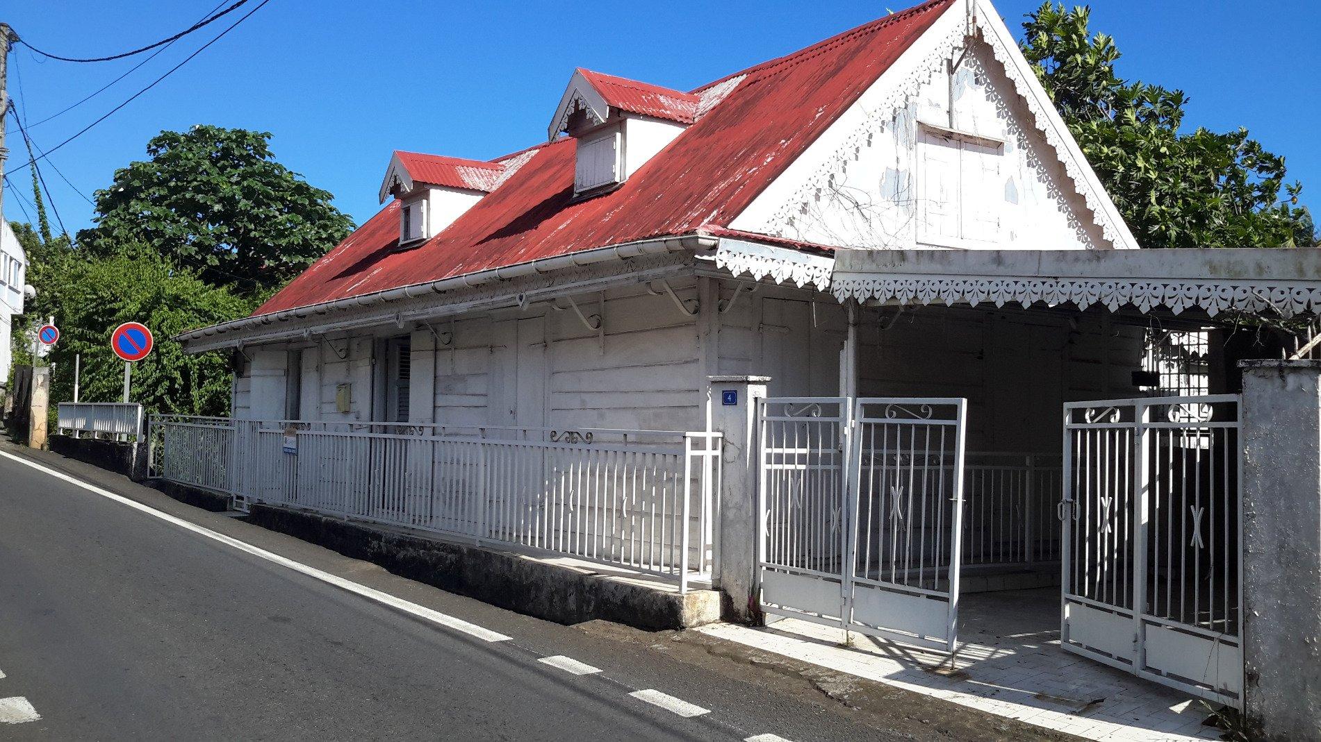 Achat maison trois rivi res 97114 guadeloupe basse terre for Achat de maison en guadeloupe