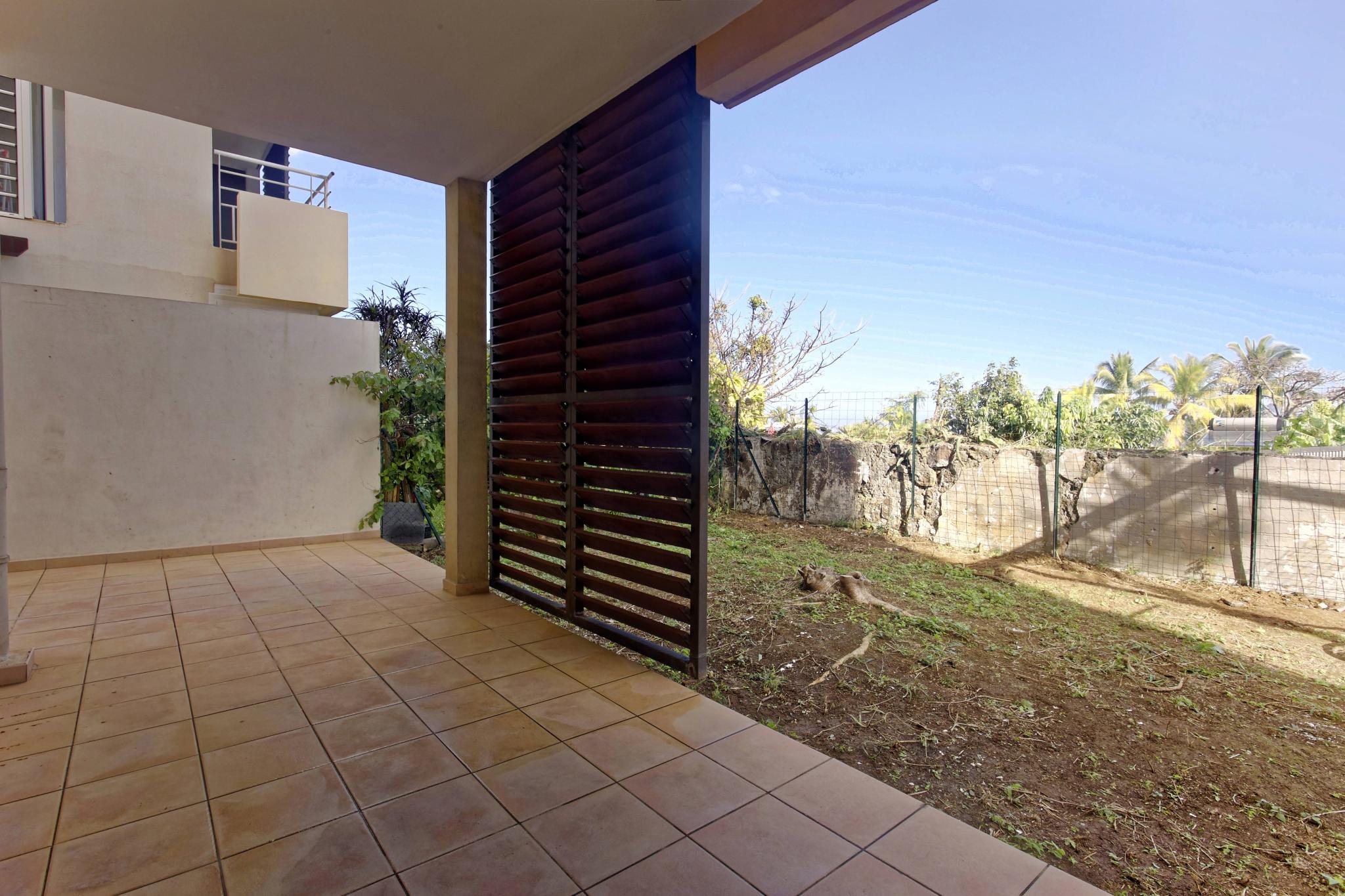 Location appartement saint pierre 97410 r union sud for Le jardin reunionnais 97410