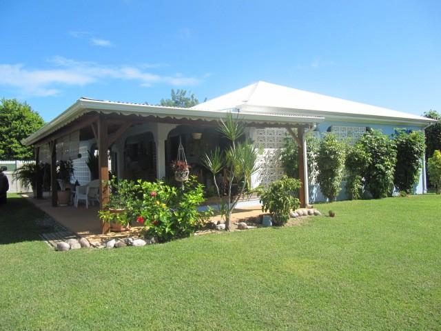 Achat maison villa le moule 97160 guadeloupe grande for Achat de maison en guadeloupe