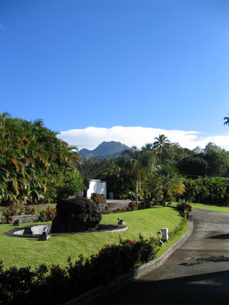 Achat maison villa saint claude 97120 guadeloupe basse for Achat maison sud est