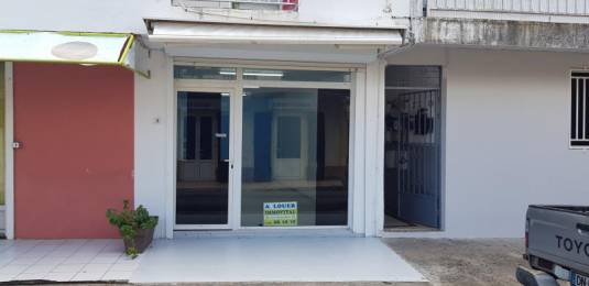 Location  Local Commercial Capesterre Belle Eau (97130) - GUADELOUPE